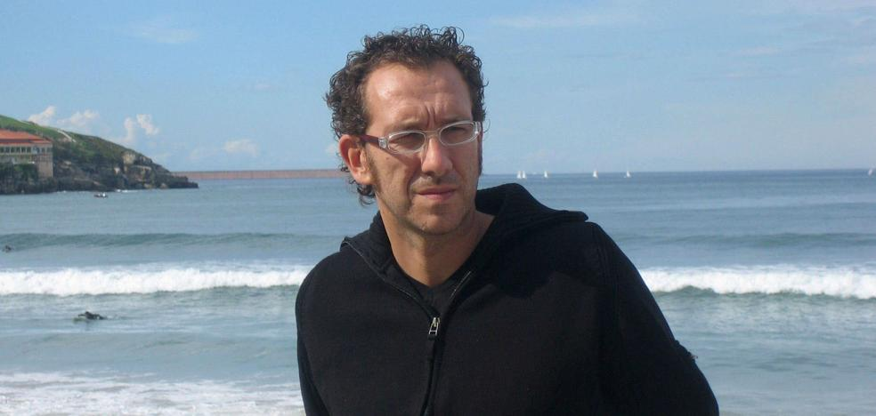 Menéndez Salmón: «Incluso la deshumanización es humana»