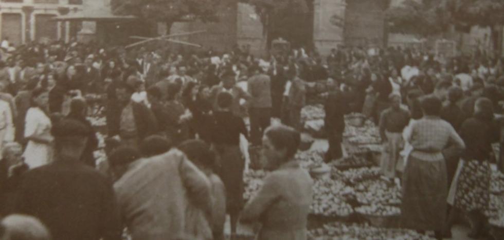 La Retina: mercado en la plaza del Raso de Calahorra