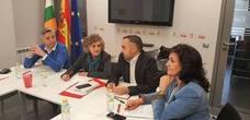 Luisa Carcedo, del PSOE, lamenta la «progresiva mercantilización y privatización» de sanidad