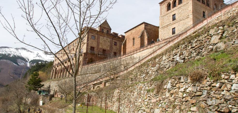 Intrigas monásticas en Valvanera