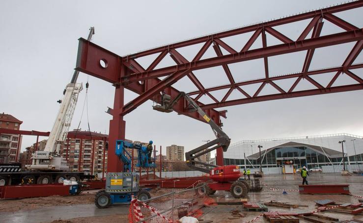 La estructura de la nueva estación de autobuses de Logroño sigue sumando piezas