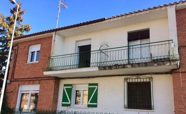 El Gobierno rehabilita una vivienda en Haro para una familia en riesgo
