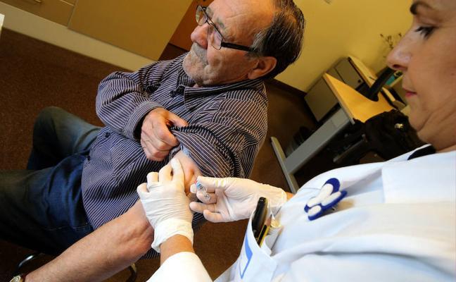 Sanidad trabaja en un calendario de vacunaciones para adultos