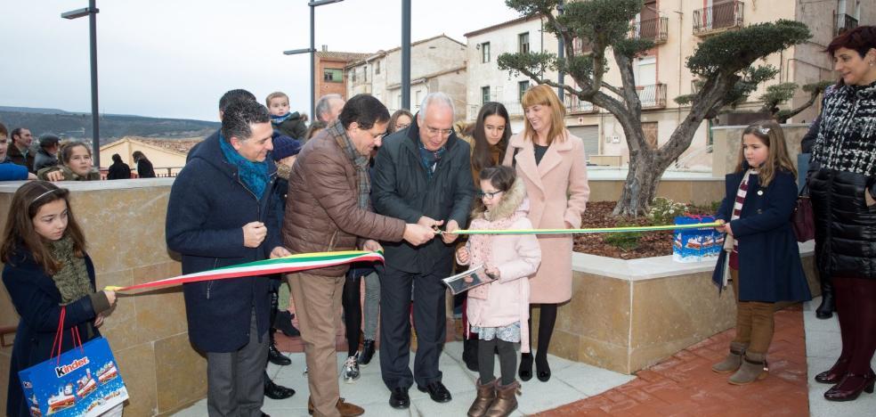 La plaza de San Martín en Entrena se hace más accesible