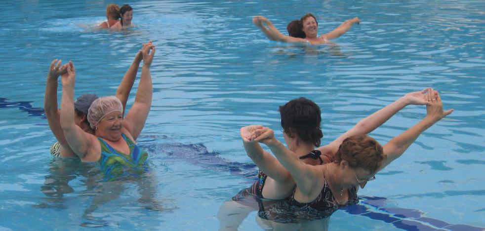 Aprobada la ordenanza que regula los precios de las piscinas climatizadas