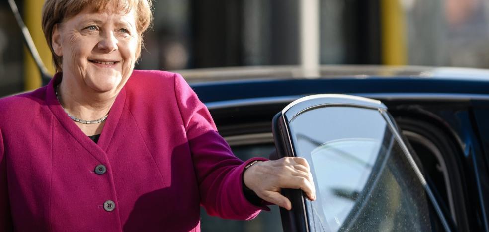 Merkel y Schulz estiran las negociaciones