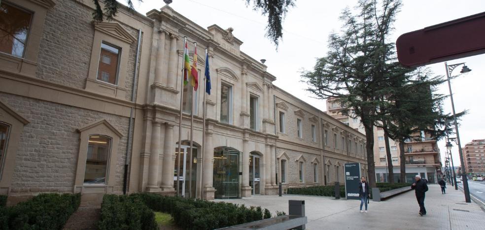 El sector judicial, satisfecho al cumplirse un año del nuevo Palacio, aunque pide más juzgados