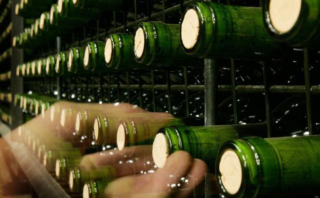 Rioja bate su récord de ventas pese a bajar en España