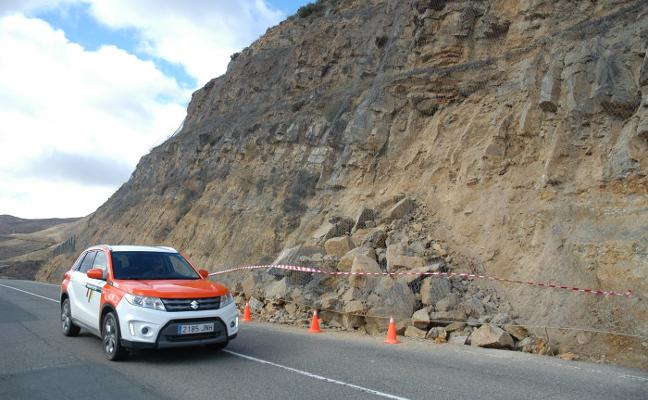 Derrumbe de rocas en la carretera de Cervera