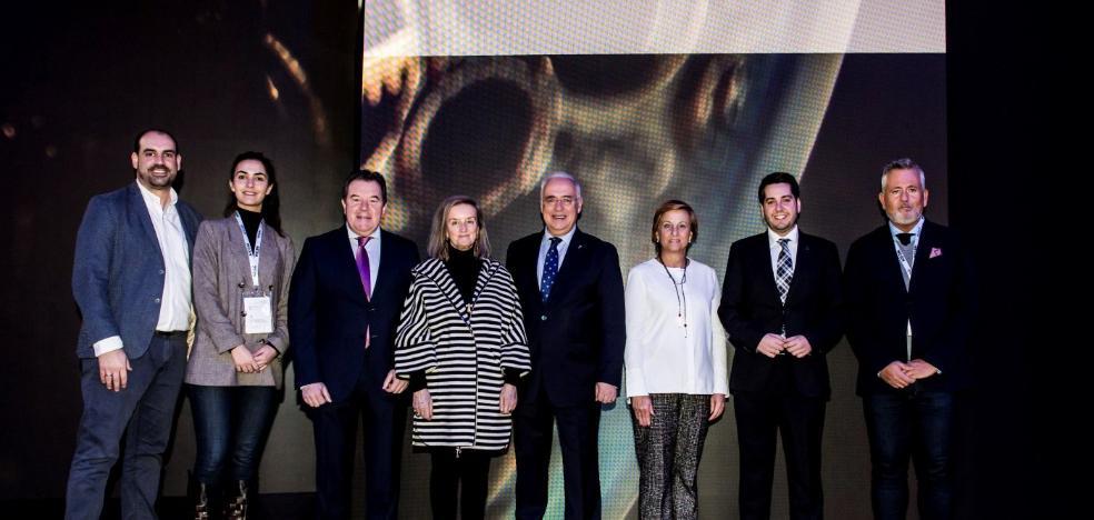 25 firmas riojanas de calzado participan en el certamen internacional de Milán