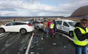 Si estás en una colisión múltiple... quédate en el coche