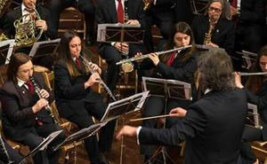 Haro impone una última multa de mil euros a la Banda de música y finaliza su contrato