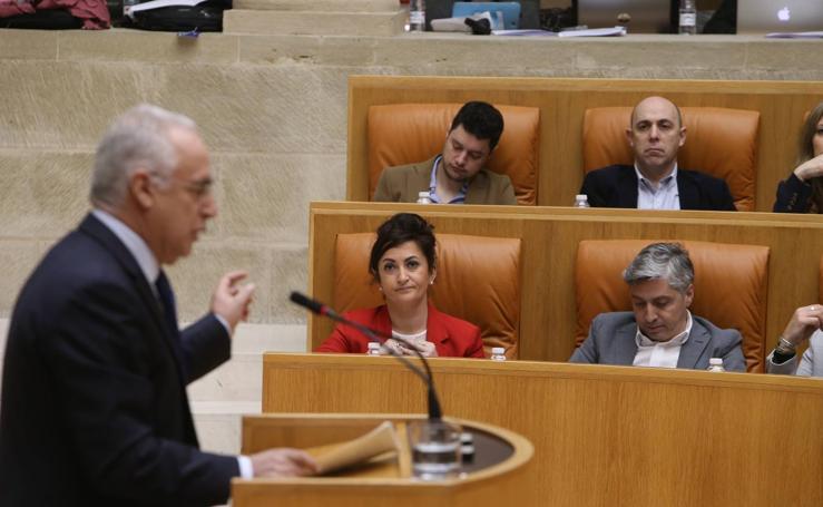 Las imágenes del Pleno del Parlamento de La Rioja