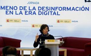 Santamaría llama a medios y ciudadanos a colaborar contra la «proliferación de noticias falsas»