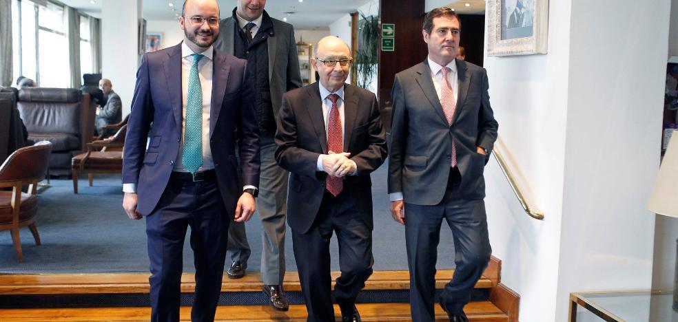 Montoro sugiere que el Estado perdone los intereses de la deuda autonómica