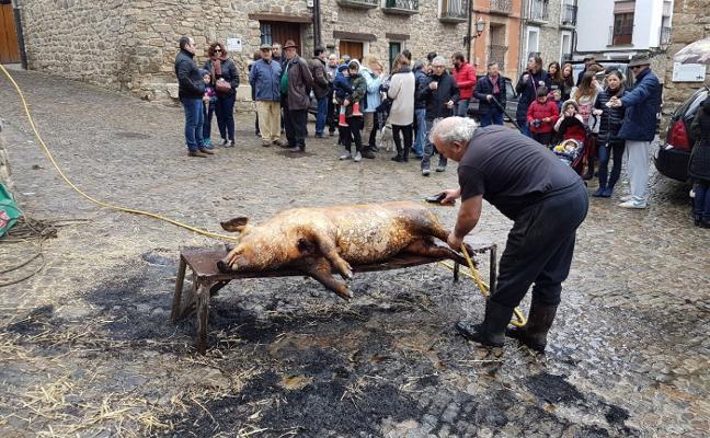 San Román rememora la matanza del cerdo
