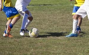 Condenan a 9 años de prisión a un entrenador de fútbol malagueño por abusar de tres menores