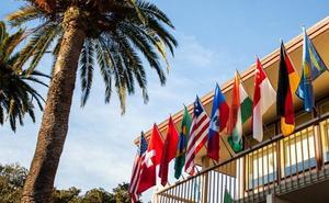 La UR convoca dos becas para un programa intensivo de inglés en California