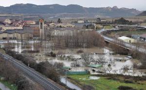 Haro se pone las pilas ante las posibles crecidas del Ebro y del Tirón