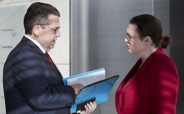 Los militantes del SPD mantendrán durante diez días el suspense sobre el acuerdo con Merkel