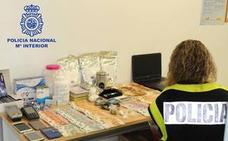 Liberan a una menor en Granada en una operación contra la explotación sexual de mujeres