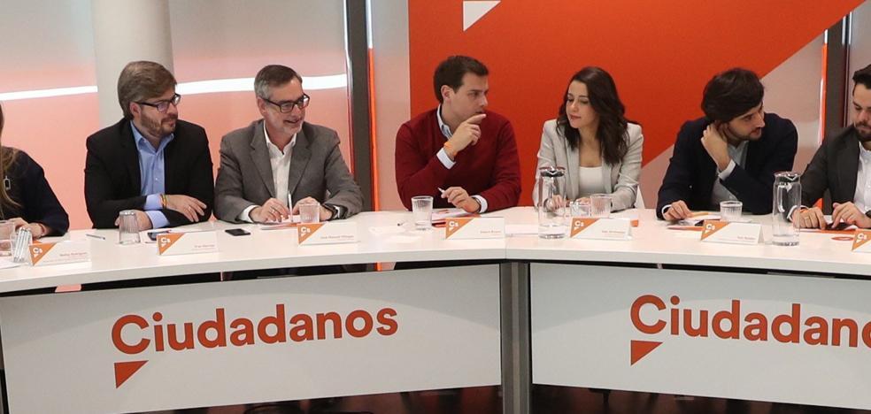 Ciudadanos critica a Colau y Torrent «por no estar a la altura de las circunstancias ni de su cargo»