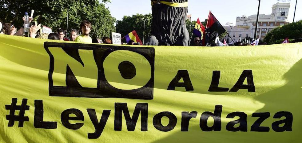 Ciudadanos desbloquea la derogación de la 'ley mordaza' en el Congreso
