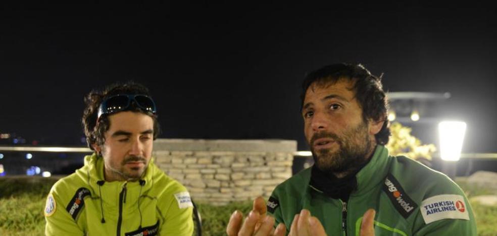 Txikon abandona su ascensión invernal al Everest