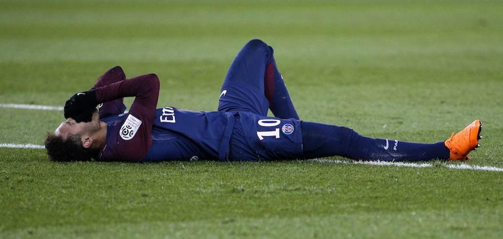 Neymar será operado en Brasil y no jugará contra el Madrid
