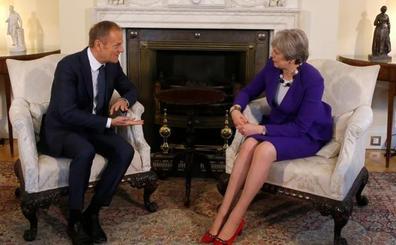 May adelanta a Tusk el 'Brexit' a la carta que presentará este viernes