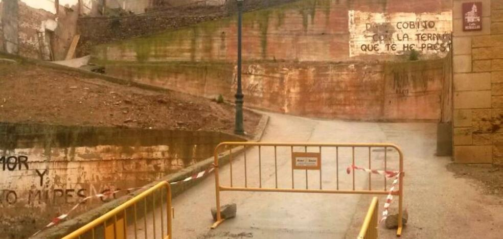 La calle Murallas estrena red de aguas