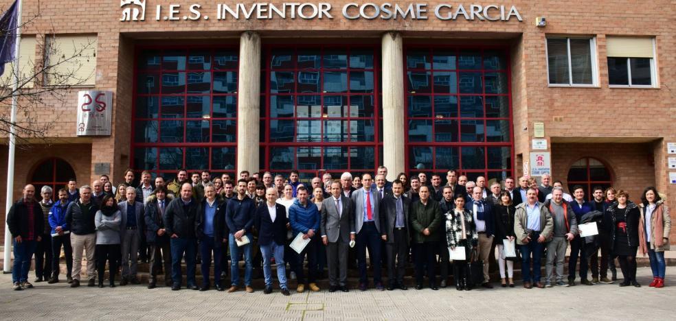 El IES Cosme García reconoce la colaboración de cientos de empresas riojanas con el centro