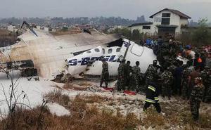 Al menos 49 muertos en un accidente de avión en Nepal