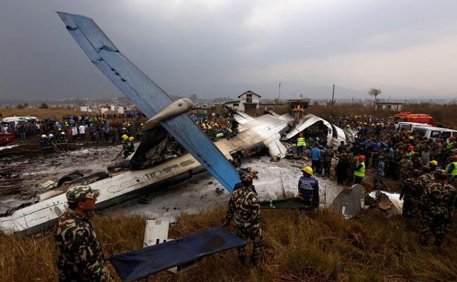 La tragedia aérea que Nepal vaticinó se cobra 49 vidas