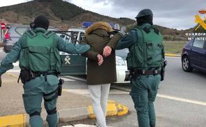10 traficantes, 12 casas, más de 15 kilos de droga: golpe al narcotráfico en La Rioja