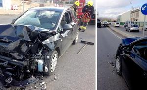 Aparatoso accidente sin heridos en Villamediana