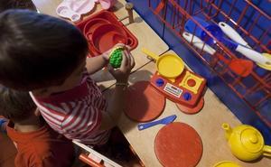El PSOE denuncia que se restringe el uso ludotecas a los niños de primero de Infantil