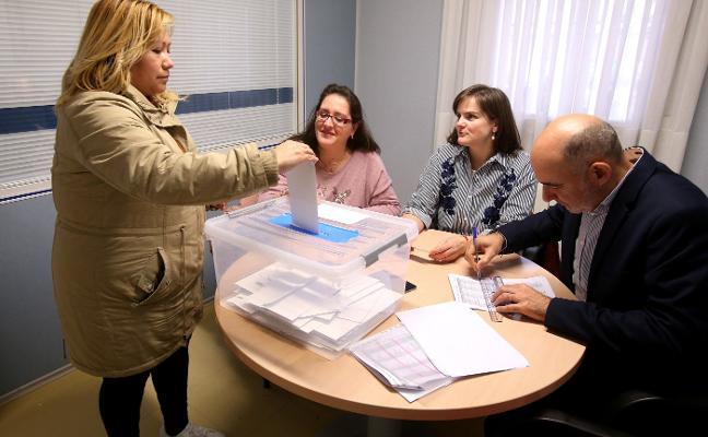 Educación valida siete votos nulos y permite la jornada continua en La Enseñanza el próximo curso
