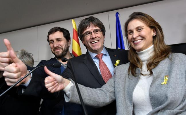 Suiza responde a la Fiscalía que «no hay base» para detener a Puigdemont si viaja a Ginebra