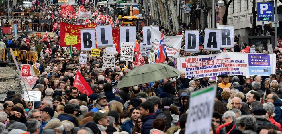 Los pensionistas toman las calles de España y reclaman al Gobierno una prestación «digna»