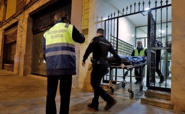 Hallan los huesos de una persona emparedados en un piso de valencia la rioja - Pisos para una persona madrid ...