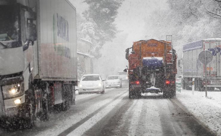 Nieve en la N-111