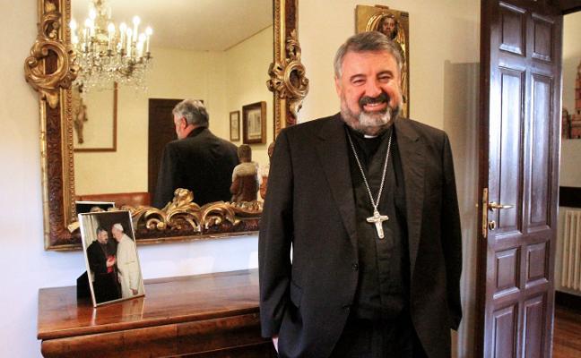 El obispo ofrece el pregón de Semana Santa