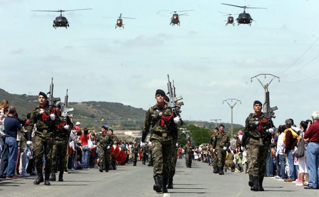 Defensa adelanta el Día de las Fuerzas Armadas al 26, mientras busca el mejor escenario