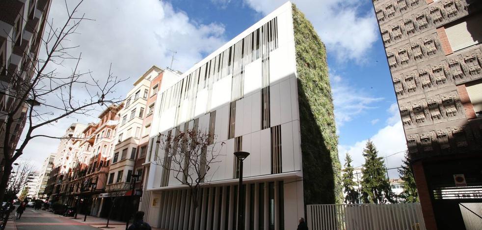 El PSOE denuncia una «infracción urbanística grave» en la reforma de la comisaria de Castroviejo