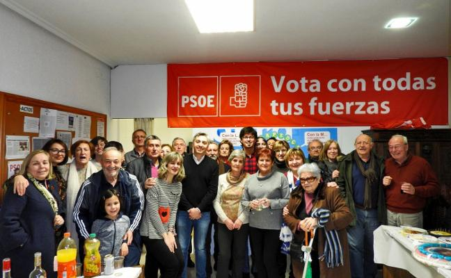 Homenaje sorpresa a Moisés Laguardia