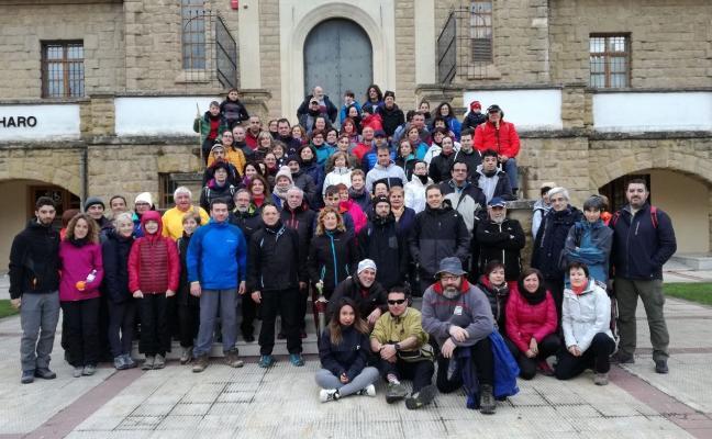 Casi cien personas, en un nuevo paseo saludable