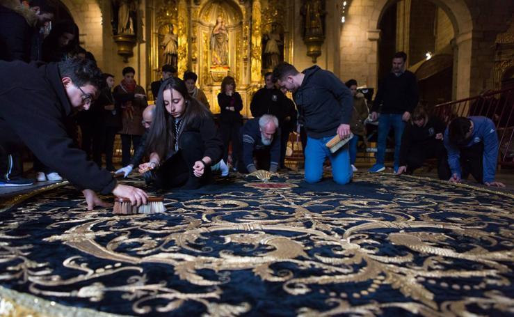 El Manto procesional de la Virgen de la Soledad