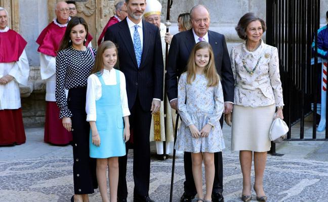 Don Juan Carlos da la sorpresa en Mallorca
