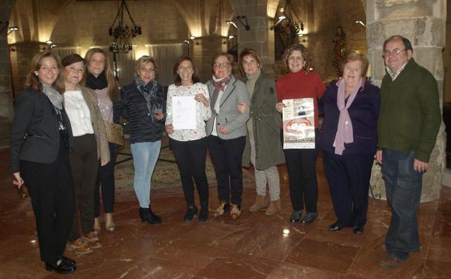 La asociación teatral da 1.220 euros a la AECC
